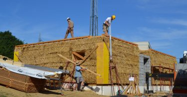 STEP Straw Bale Training in Austria: loadbearing straw bale